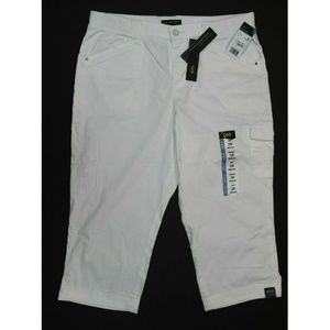 Lee Relaxed Fit Capri Pants (4600211) 16M